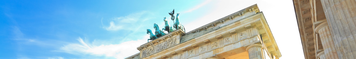 customised city tours Berlin for closed groups